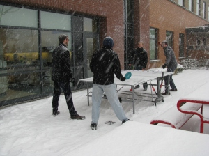 Snowy ping pong